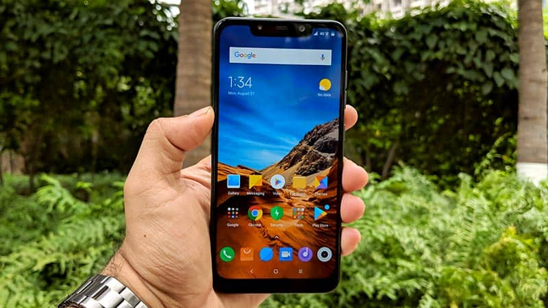 Xiaomi Poco F1 Review: Display