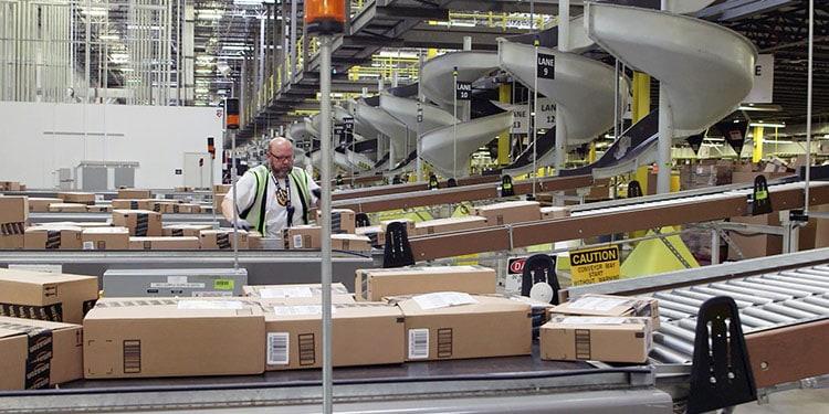 Amazon_warehouse_covid-19