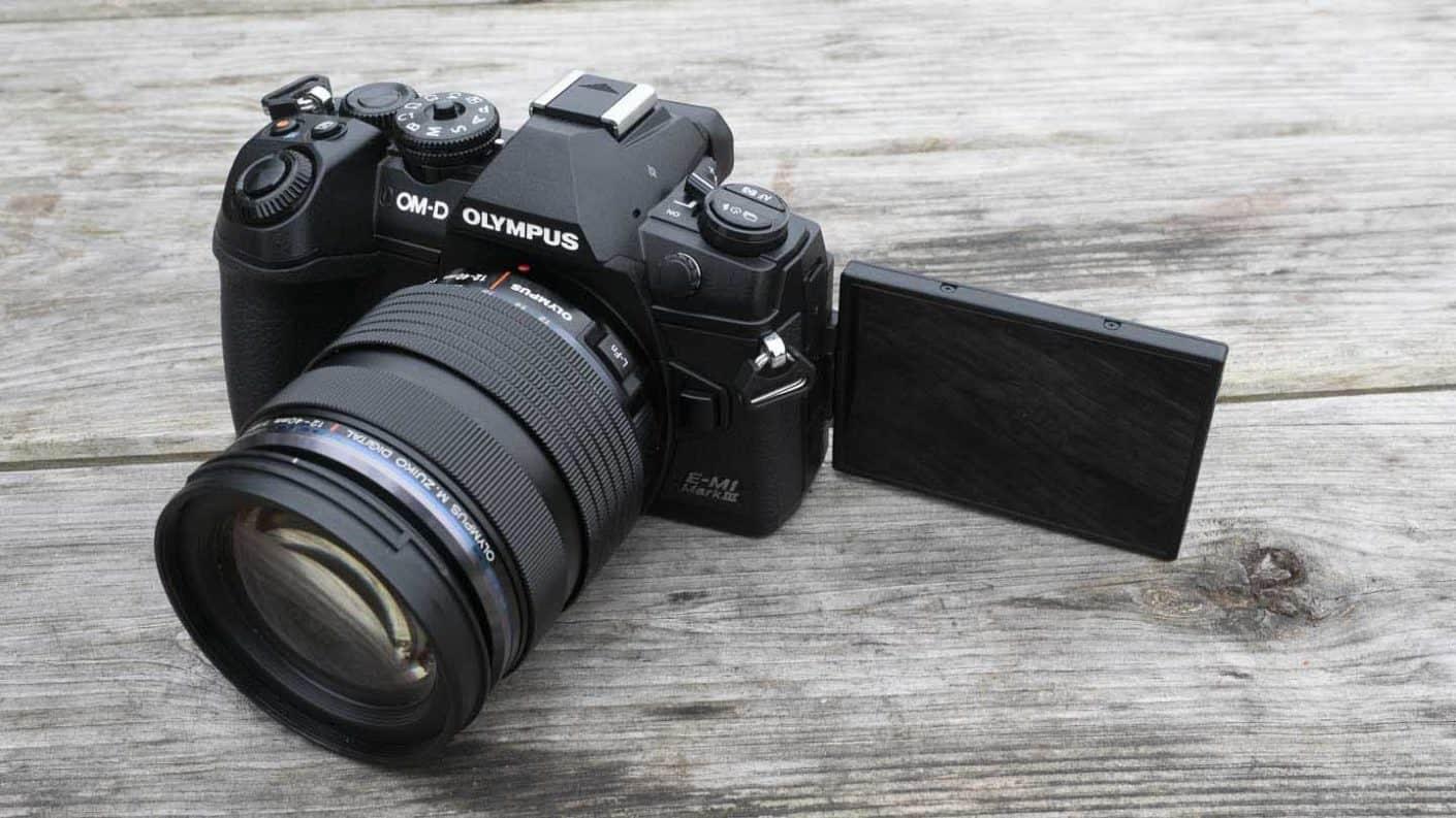 Olympus_Camera_OM-D_E-M1_Mark_III_1230048-1410x793