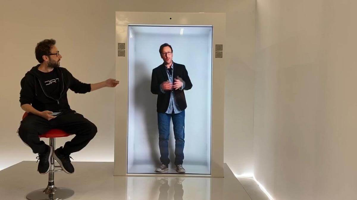 hologram-machines-by-portl