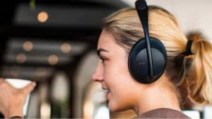 10 Noise-Cancelling Headphones for the New Year on Sale Right Now