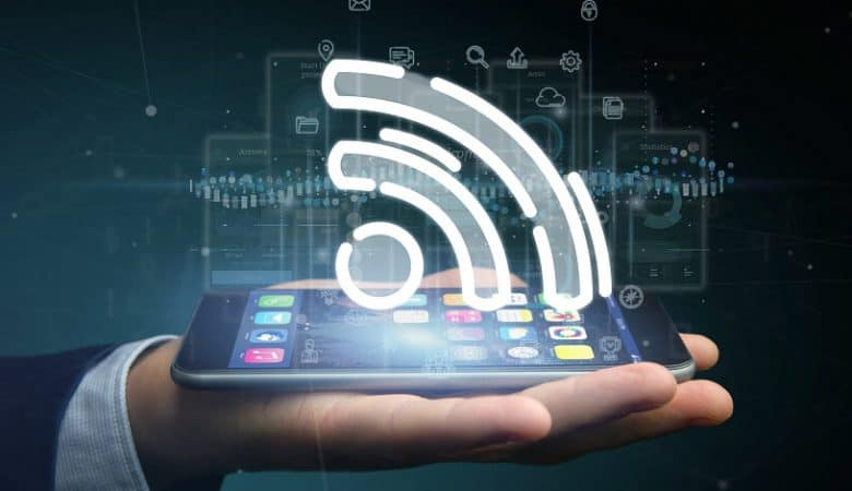 Android 12 makes sharing Wi-Fi passwords Effortless
