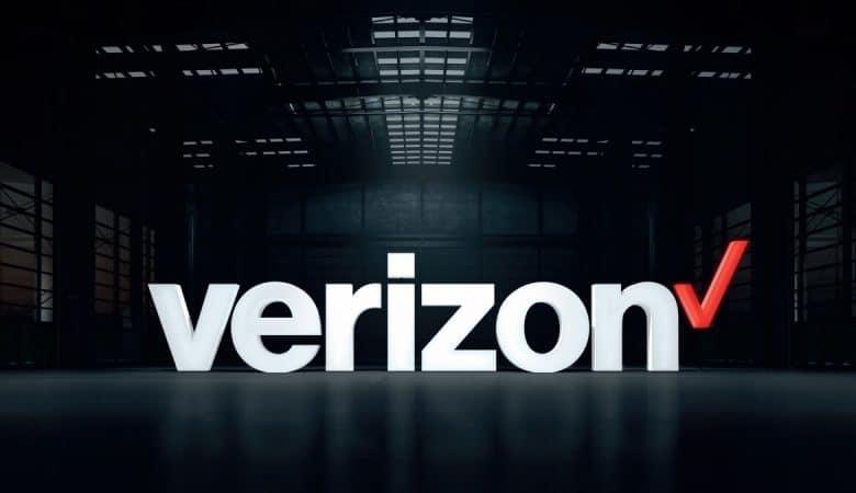 Verizon sells AOL and Yahoo