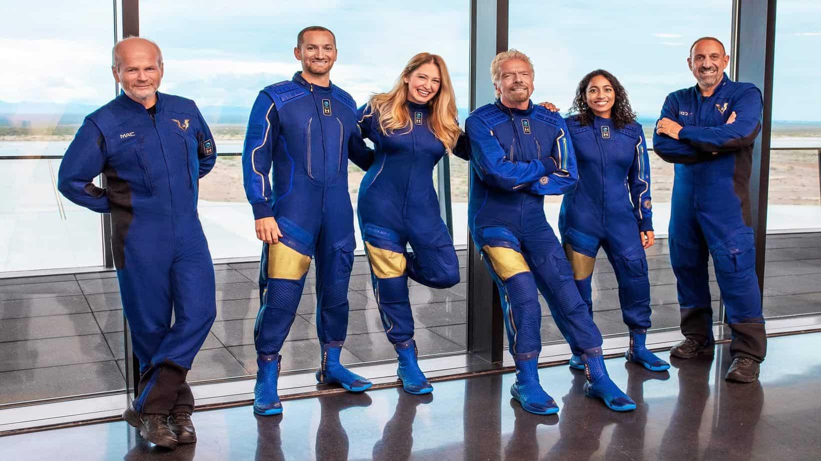 Watch Virgin Galactic launch Richard Branson to space